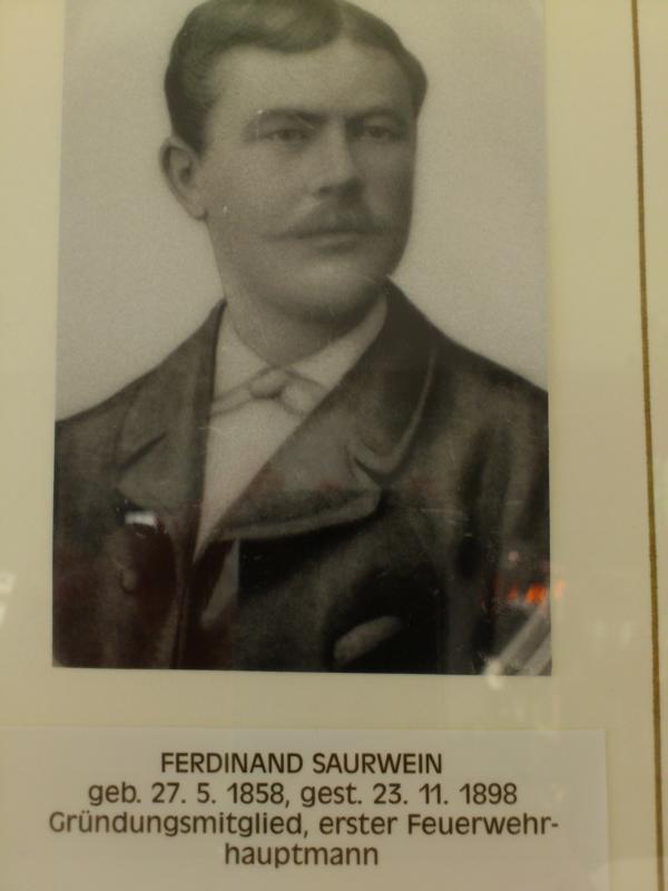 K800 Ferdinand Saurwein